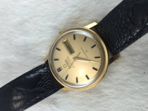 Omega Constellation 250 Chronometer Day-Date Automatic solid 18k gold Case & Dial Cal751