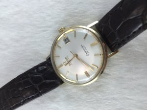 Omega Seamaster Deville Automatic solid 14k gold Cal563 dial's White Pearl
