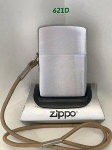 Z.621D_chữ xéo 1962 PLAIN có móc dây đeo