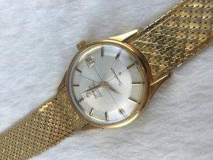 Omega Constellation Pie Pan Chronometer Automatic solid 18k gold & Bracelet 18k Cal561