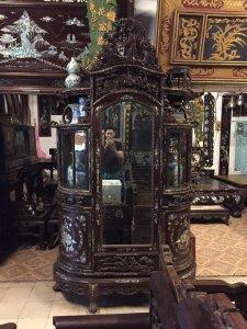 Tủ chùa bán nguyệt khảm ốc liên chi đẹp cần tìm quý nhân