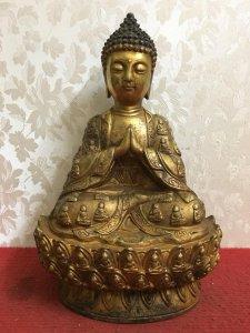 Bức tượng Phật Thích ca rất đẹp và thần thái. Mờ các Bác hữu duyên Thỉnh Phật ạ! Chất liệu: Đồng đúc