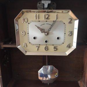 Đồng hồ treo tường Pháp Carlillon 10 gông, số nổi, đánh hai bản nhạc wet -ave, thùng bè, đẹp xuất sắ