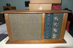 HCM - Q10 - Bán Radio RCA - RHC94S-K. USA