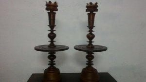 Cặp chân đèn gõ hương xưa