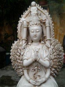 Phật bà nghìn tay đội đức chí tôn Như Lai cưỡi cửu long chầu nguyệt cao 48cm