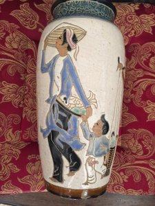 Bình Biên Hoà xưa, cao 29cm vẽ rất đẹp