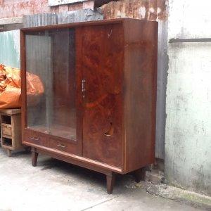 tủ áo gỗ nu