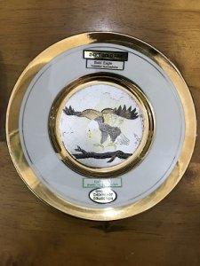 Dĩa Sứ Mạ Vàng 24 KT GOLD RIM...
