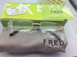 Kính Fred  chính hãng mới 100% có gọng kính 1/2