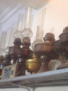 Các loại đèn dầu cổ