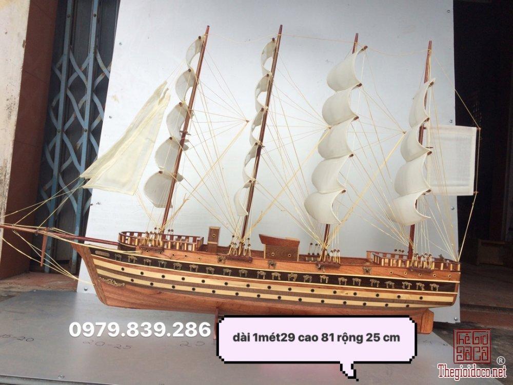 z744760638213_41ed464eacb00e286509d5b8ab35188d.jpg
