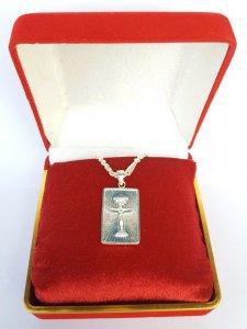 Tượng Thiên Chúa ba ngôi cao sang đúc từ vàng và bạc nguyên khối quý hiếm hình vuông dành cho nam