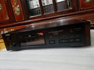 Bán Đầu CD - Sony X77ES