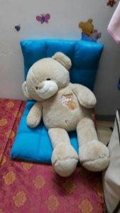 Cần thanh lý một gấu bông còn rất mới, cao 1m