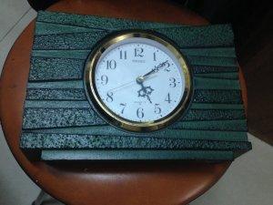 Đồng hồ Seiko quart để bàn