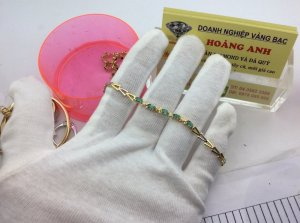 Lắc tay Nữ Kim Cương Thiên Nhiên vá đá Emerald H10188