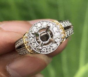 Ổ nhẫn nữ vàng ngoại 14k. Giá: 14,9tr