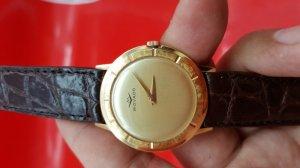 Đồng hồ movado vỏ vàng siêu...