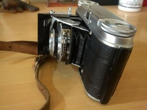 Bán máy ảnh cổ Voigtlander...
