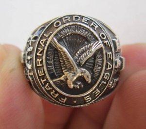 Nhẫn bạc xưa ba mảnh, đại bàng tung cánh uy nghi,họa tiết hoàn hảo