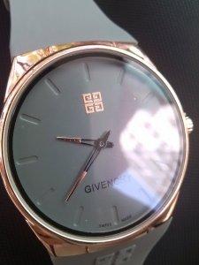 Đồng hồ Pin GIVENCHY  thương...