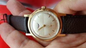 Đồng hồ Benrus kim rốn xưa...