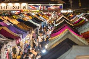 Nhung-phuong-tien-di-chuyen-tu-san-bay-ve-Bangkok-va-ngoi-cho-dem-dep-nhat-Thai-Lan (8).jpg