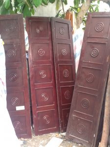 4 bộ cửa 4 cánh gộ hương