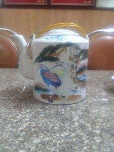 Bình trà gốm Biên Hoà