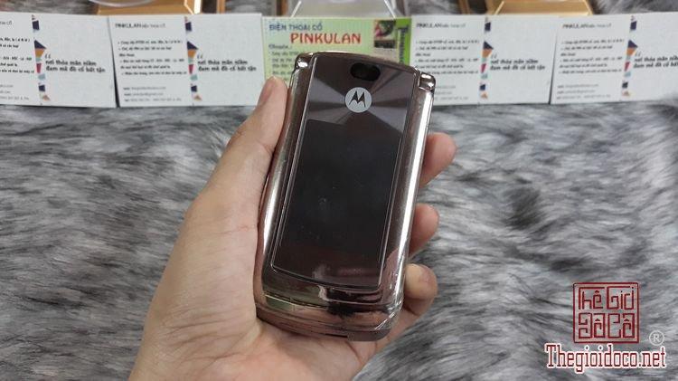 Motorola-v9-mau-dong-ms-3145-nguyen-ban-thay-vo-dep-98% (1).jpg