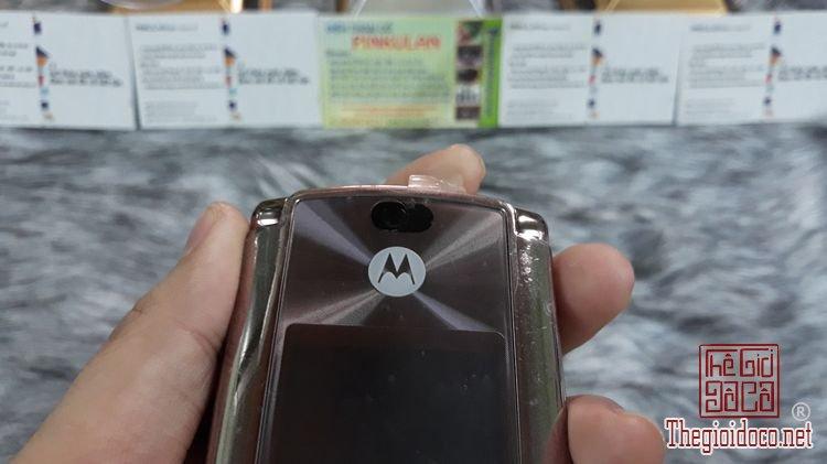 Motorola-v9-mau-dong-ms-3145-nguyen-ban-thay-vo-dep-98% (11).jpg