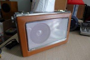 HCM - Q10 - Bán radio Bush TR130. Ăng Lê
