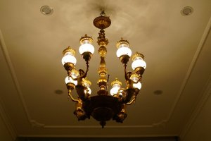 Đèn chùm cổ Châu Âu 53 (LH: Ms.Hằng 0979.837.869)