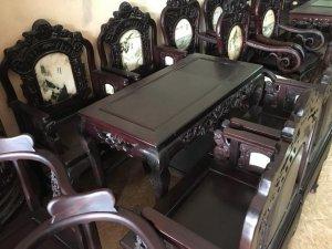 ghế vách cổng thành