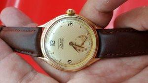 Tissot vỏ vàng thập niên 50's kim rốn xưa chính hãng thụy sỹ