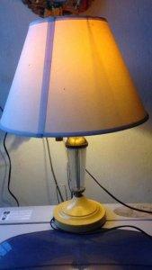 Đèn ngủ chân sắt sơn tĩnh điện,...