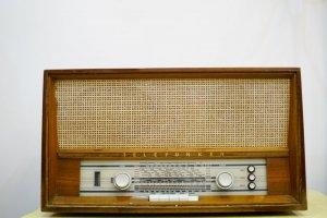 Đài Telefunken cổ Châu Âu (LH:...