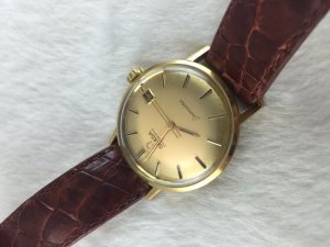 Omega Seamaster (Deville) Automatic solid 18k gold Case & Dial's 18k Cal562