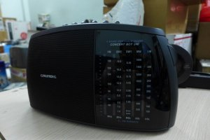 HCM - Q10 - Bán Radio Grundig - Concert boy 240.