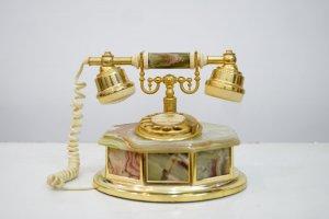 Điện thoại cổ Châu Âu (LH: Ms....