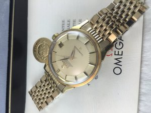 "Omega Constellation Pie Pan Chronometer Automatic ""dog leg lugs"" demi 14k gold Cal564 full complete"
