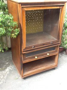 2 tủ tivi của cuốn xưa gỗ cẩm lai và hương