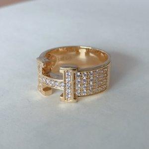 Nhẫn kim cương kiểu Hermes