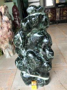 Cây đá xanh ngọc, nặng 96kg, giá 3 triệu