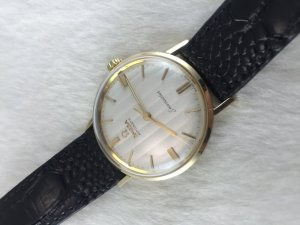 Omega Seamaster (Deville) Automatic solid 14k gold Cal570