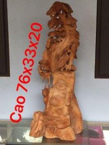 Cụ Di Lặc tùng gỗ quý ngọc am Hà Giang cao 76cm,ngang 33cm