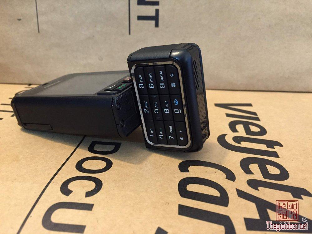 Nokia-3250 (2).jpg