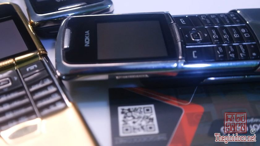 Nokia-8800-anakin-suu-tam-dien-thoai-co-chinh-hang (15).jpg
