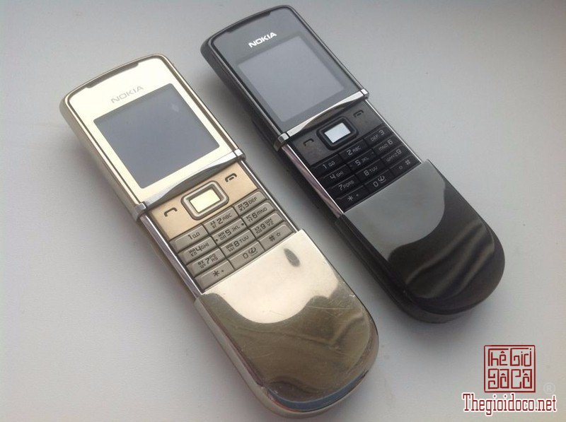 Nokia-8800-sirocco-hang-suu-tam-chinh-hang-doc-la (1).jpg